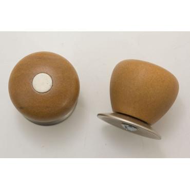 Træknop med metal plade og top