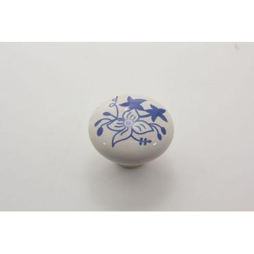 Stor porcelænsknop med blomster motiv i blåt