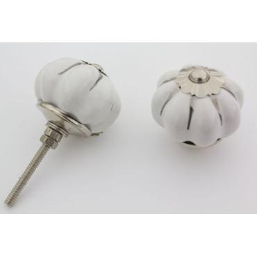 Hvid håndmalet porcelænsknop med sølv riller