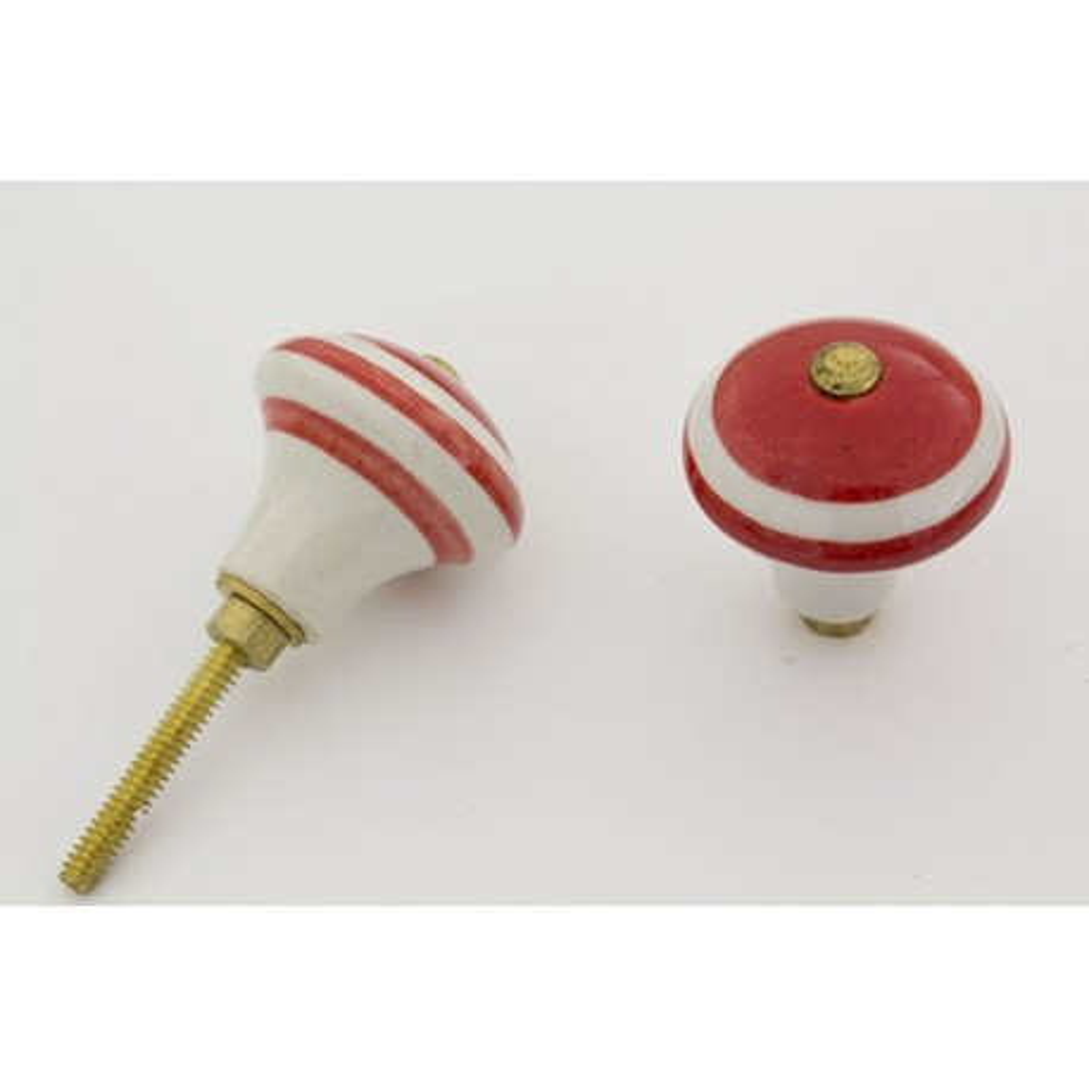 Aflang rød porcelænsknop med sokkel