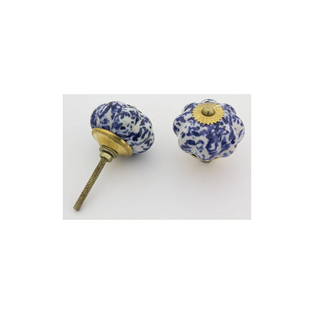 Hvid porcelænsknop med blå mønster