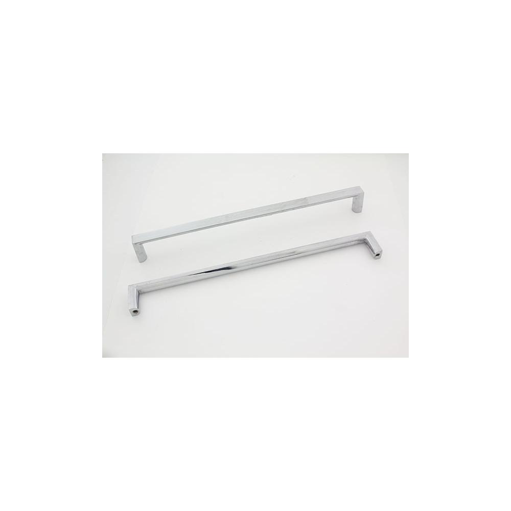 Firkant bøjlegreb - blank chrom - 224 mm