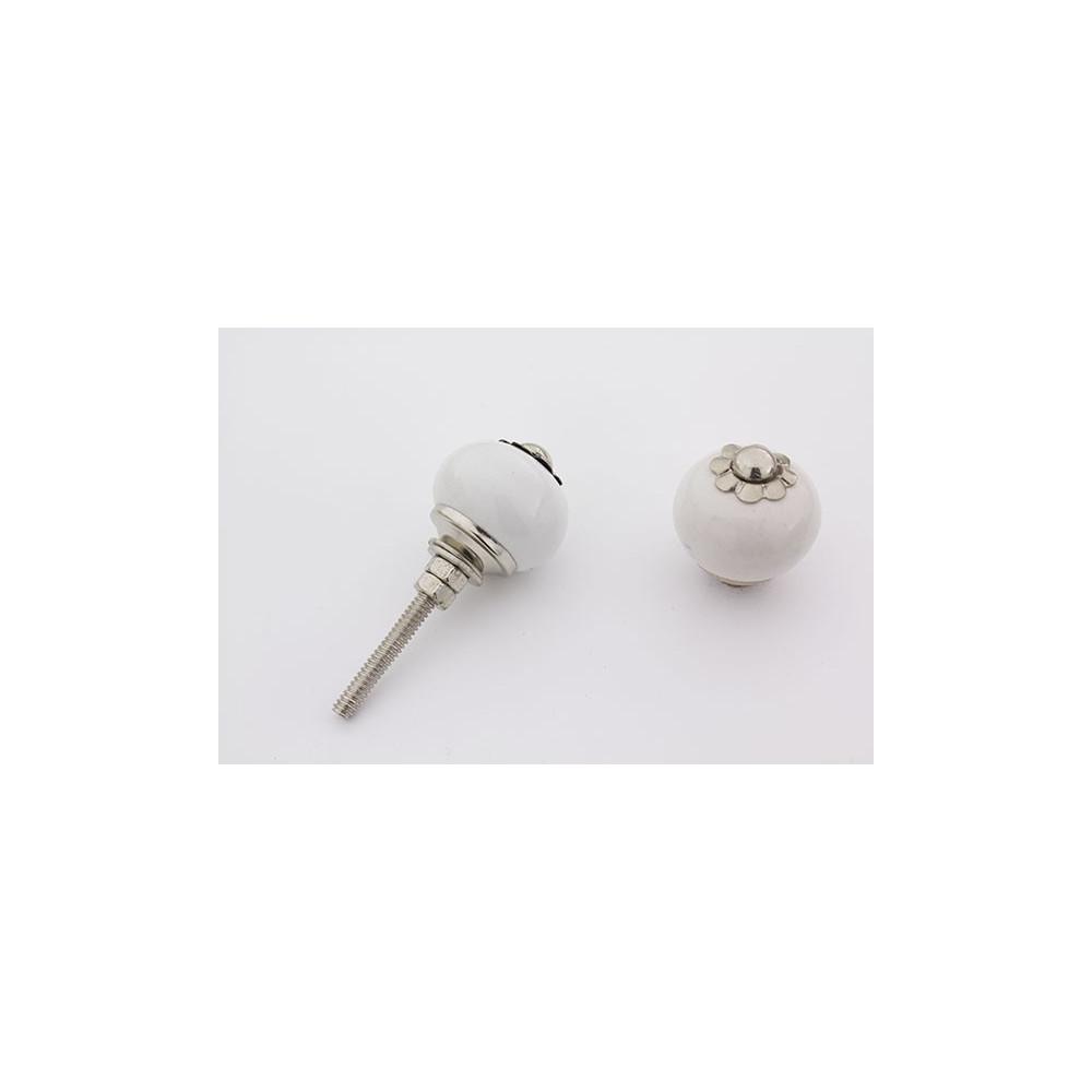 Lille rund hvid håndmalet porcelænsknop med sølv top